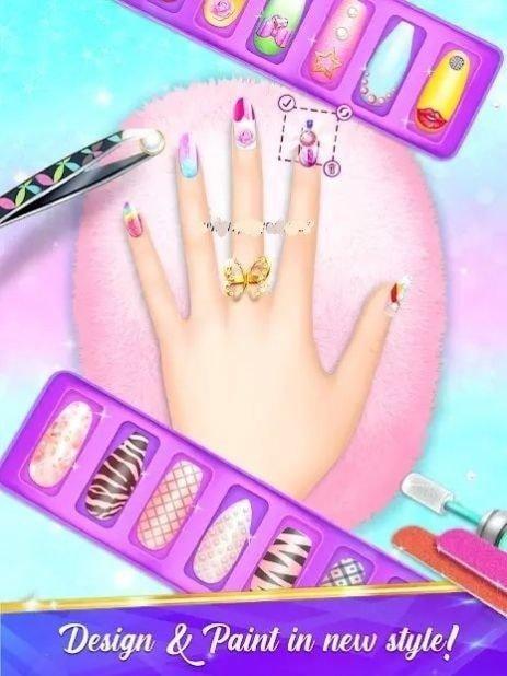 沙龙修指甲时尚女孩